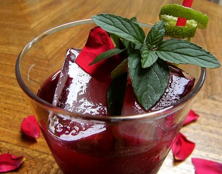 Sudanese Rose