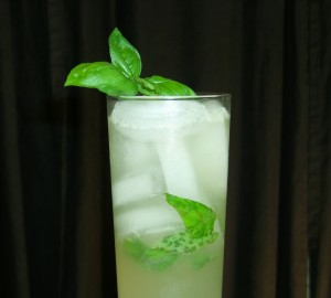 SKINNY Basil Pineapple Cocktail