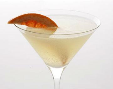 Skinny Grapefruit Basil Martini